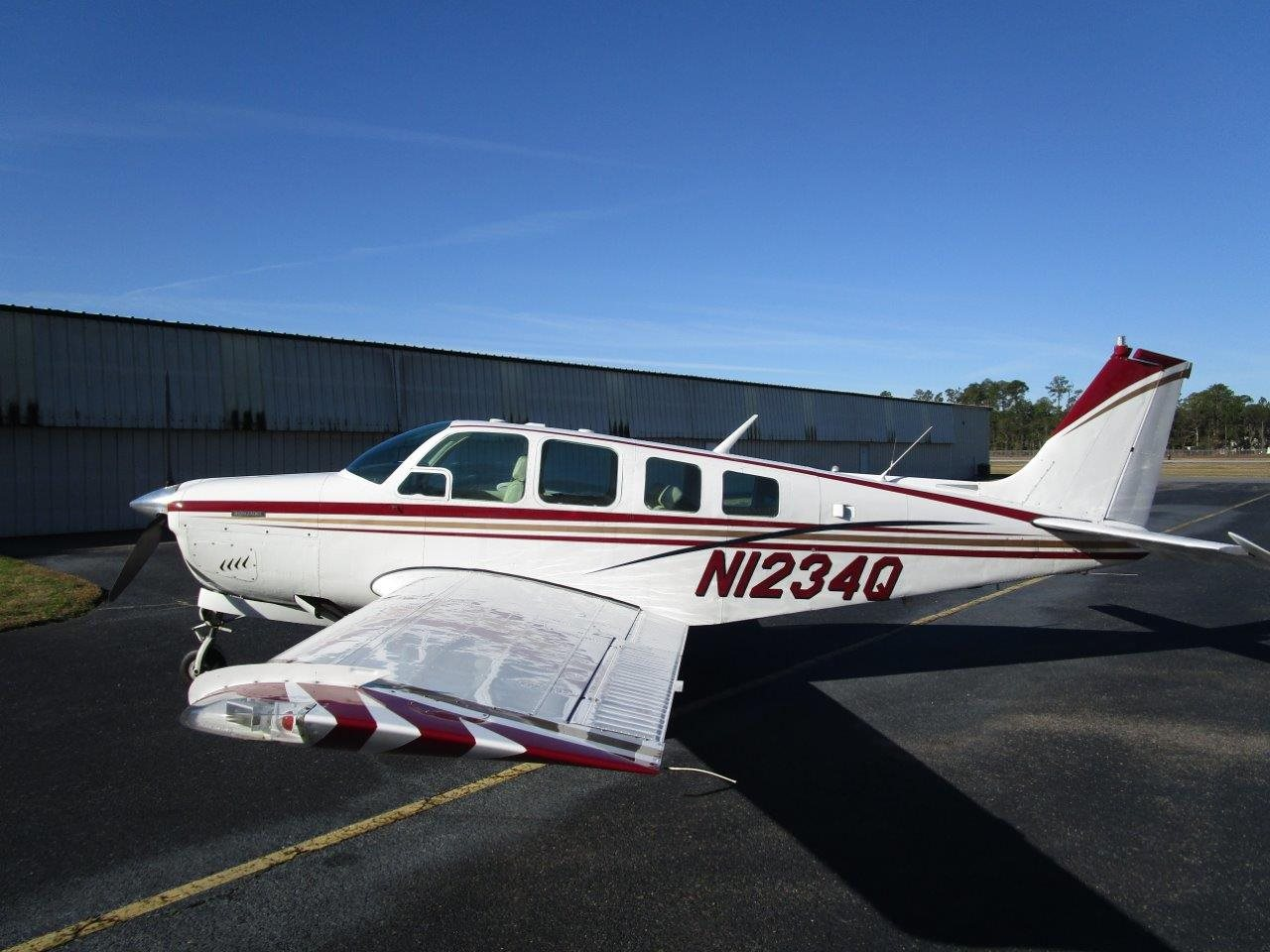 1969 Beechcraft Bonanza Model 36