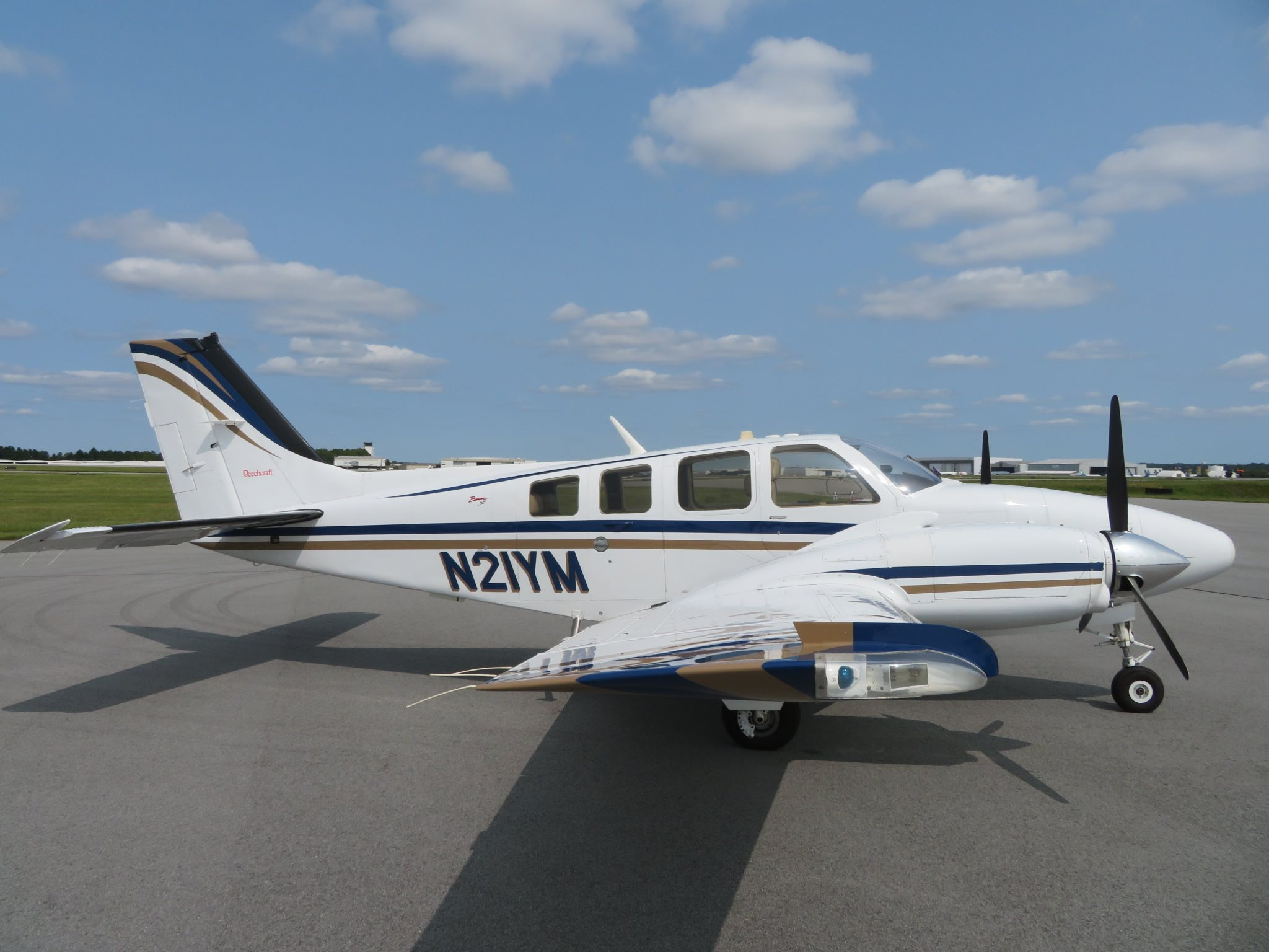 2001 Beechcraft Baron 58 Aircraft
