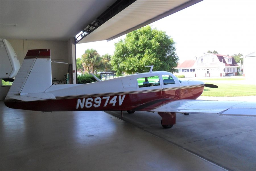 1976 Mooney Mark 20 F Series