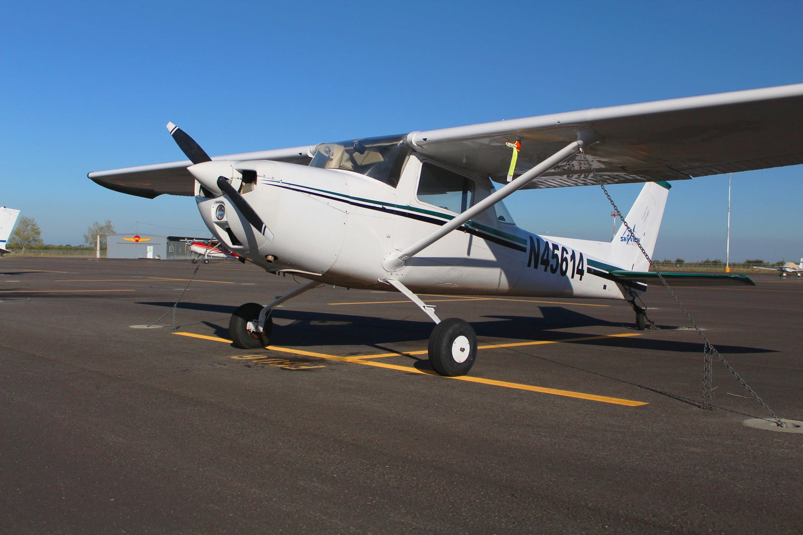 1975 Cessna 150 Tail Dragger