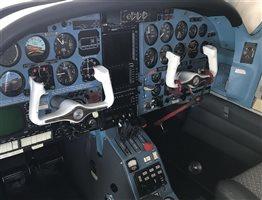 1976 Aerostar 601P Superstar 700