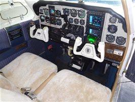 1977 Beechcraft Baron 55 B