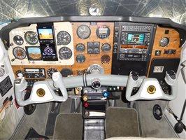 1983 Beechcraft Bonanza F33 A