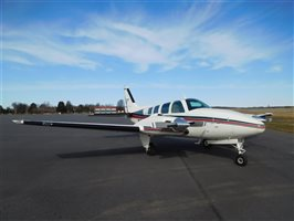 1982 Beechcraft Baron 58 Aircraft
