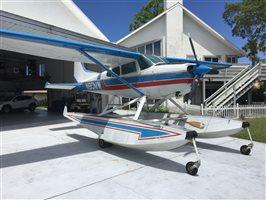 1976 Cessna A185F AMPHIBIAN