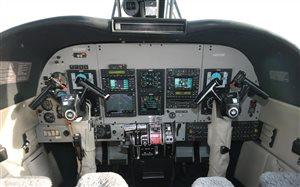 1975 Commander 690A