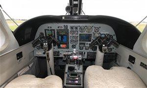 1974 Commander 690 A
