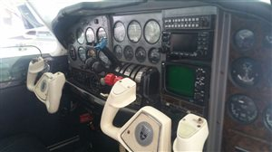 1975 Beechcraft Baron 55 B