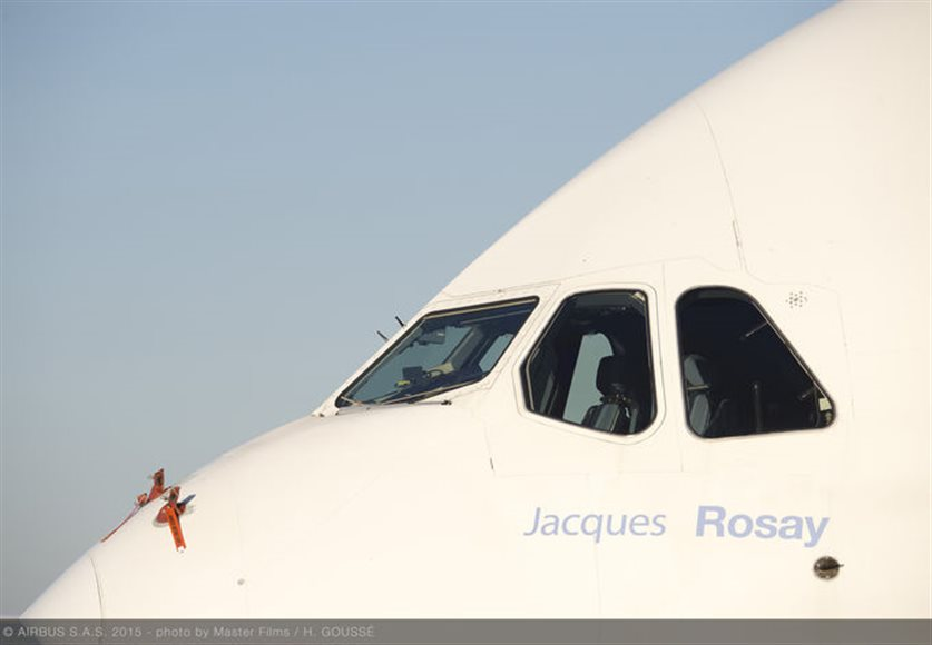 Airbus pays homage to Jacques Rosay with the naming of its number 1 A380